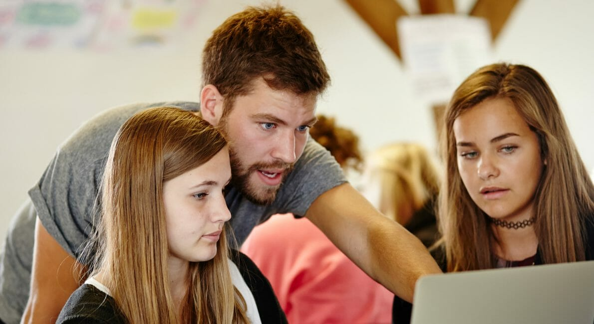 dygtige danskundervisere på Sommerskolen