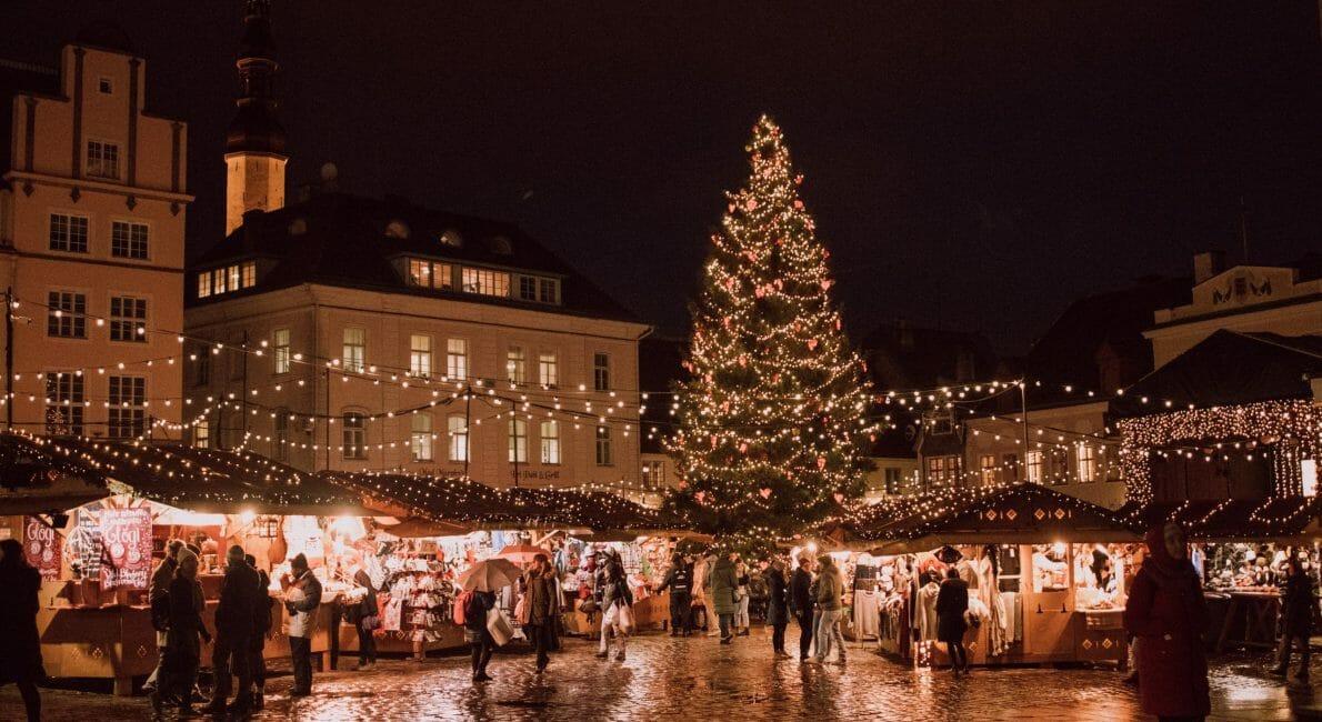 Juletræ i by