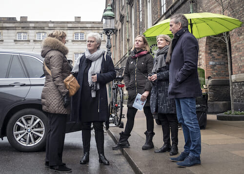 Faglig Aktion Christiansborg- Danes Worldwide