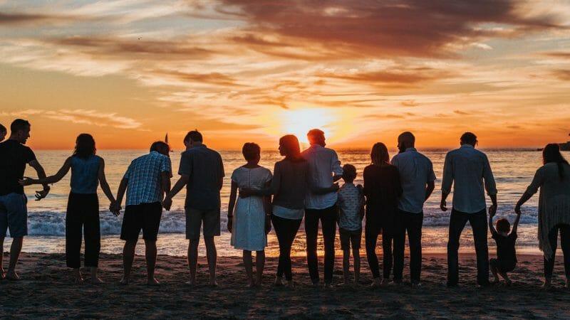 familiesammenføring, strand, hero